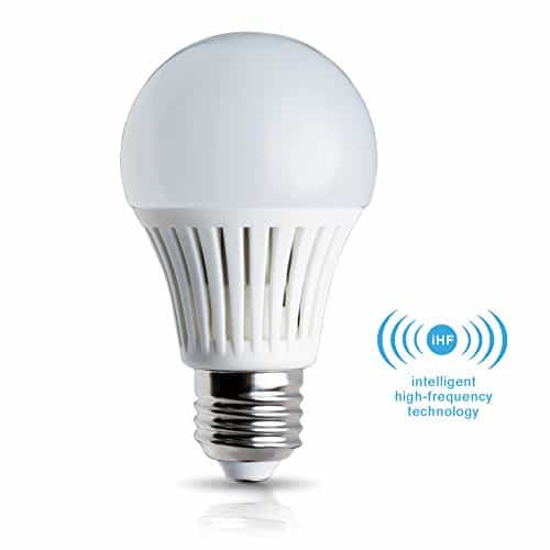 Elrigs LED Lampe mit Bewegungsmelder, E27, 5W ersetzt 40W, Hochfrequenz-Sensor, 5-8 m Reichweite, Warmweiß (3000 Kelvin)