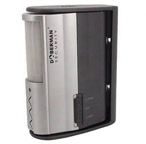 WER DOBERMAN SECURITY Motion Alarm-Detektor mit Infrarot-Sensor und lautes 100dB Alarm oder Chime - Funktionen Lange Batterie-Lebensdauer + einstellbare Halterung Breite Abdeckung Ermöglicht - Ideal für Haus, Büro, Garage, oder keine Zimmer - Modell SE-0104